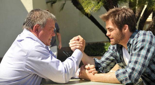 William Shatner Praises Chris Pine As Captain Kirk