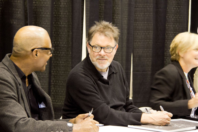 Michael Dorn, Jonathan Frakes and Denise Crosby sign autographs at Calgary Expo