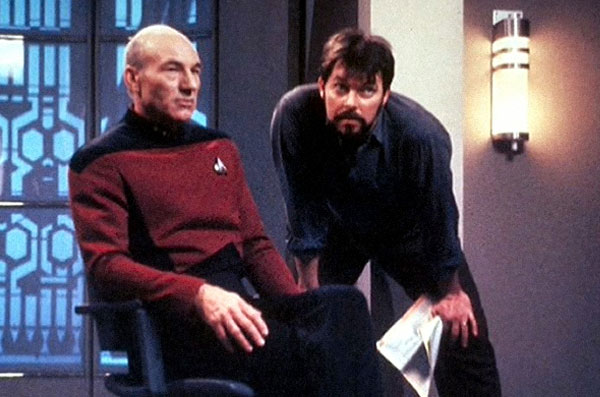 Patrick Stewart and Jonathan Frakes on the set of Star Trek: First Contact