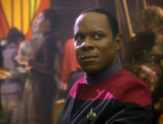 "Avery Brooks as Sisko in the DS9 series premier ""Emissary"""