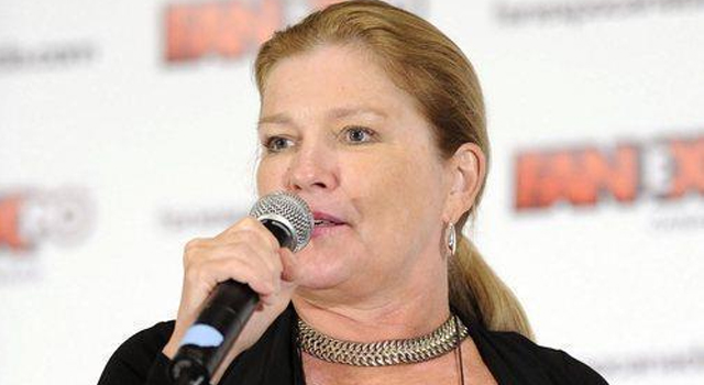 kate-mulgrew-fan-expo-canada