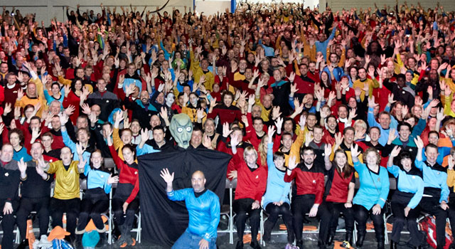 Fans Break Costume World Record at Destination Star Trek London