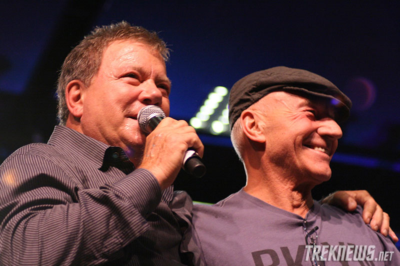 William Shatner and Patrick Stewart on stage together at the 2010 Las Vegas Star Trek Convention