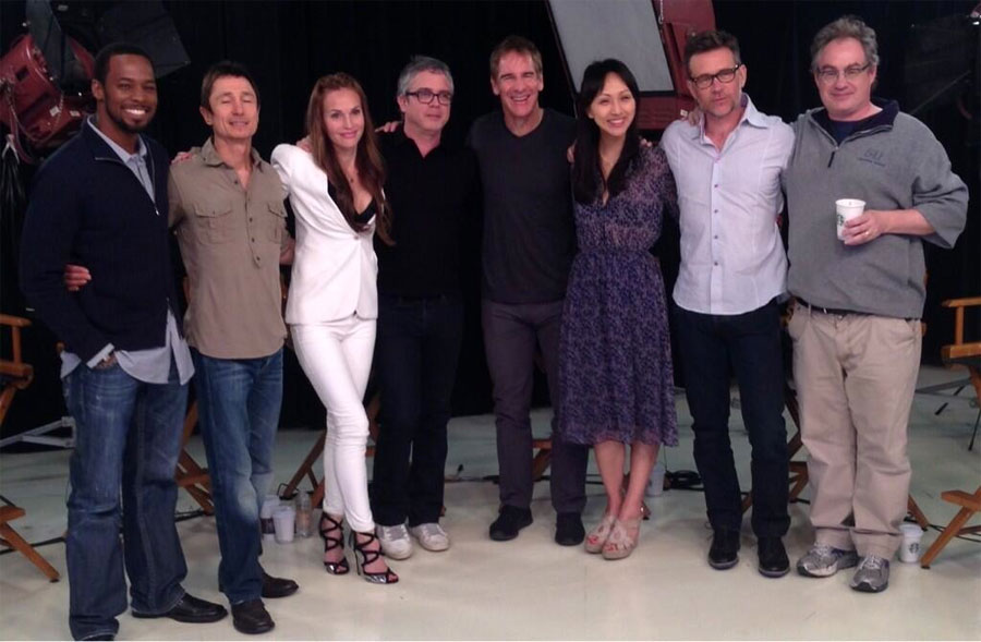 Reunited! The cast of Star Trek: Enterprise & Brannon Braga