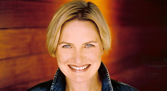 Denise Crosby Talks TNG at 25, 'Trekkies' and Reprising the Role of Sela