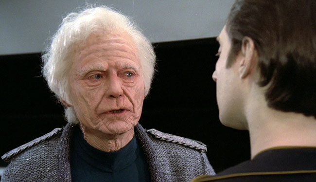 Kelley as the 137-year-old bones in TNG, opposite Brent Spiner as Data