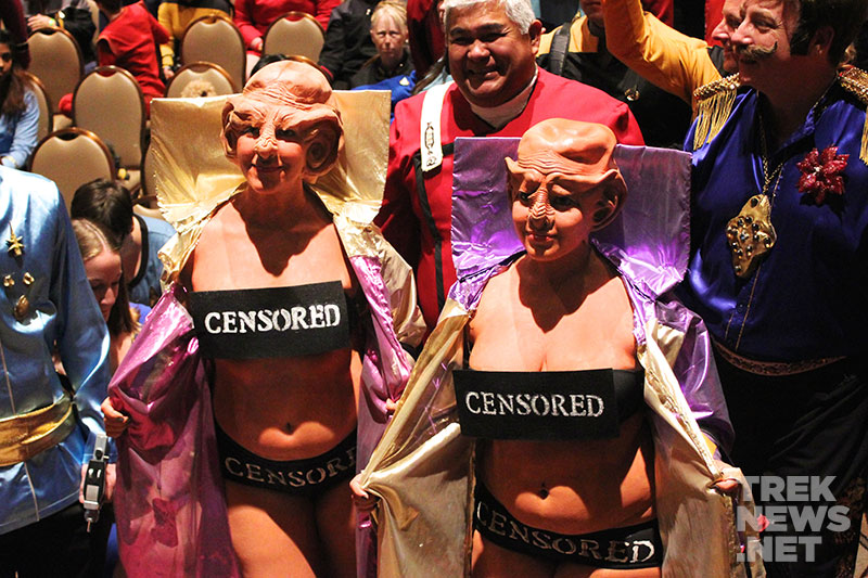 star-trek-stlv-cosplay-ferengi-females