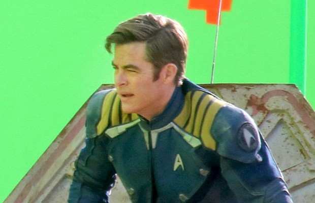 BREAKING: Leaked STAR TREK BEYOND Photos: Boutella's Alien Character ...