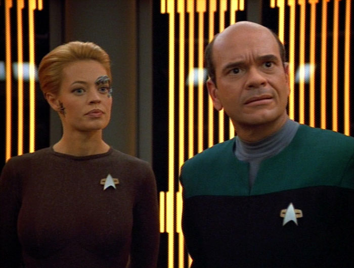 "Star Trek: Voyager ""Mortal Coil"""