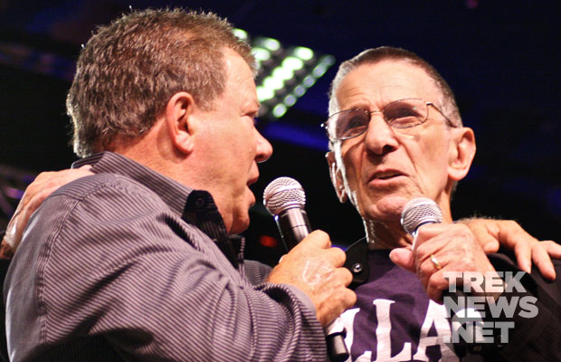 Shatner and Nimoy together on stage at the Las Vegas Star Trek Convention