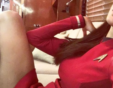 Zoe Saldana Is Back Shooting STAR TREK BEYOND