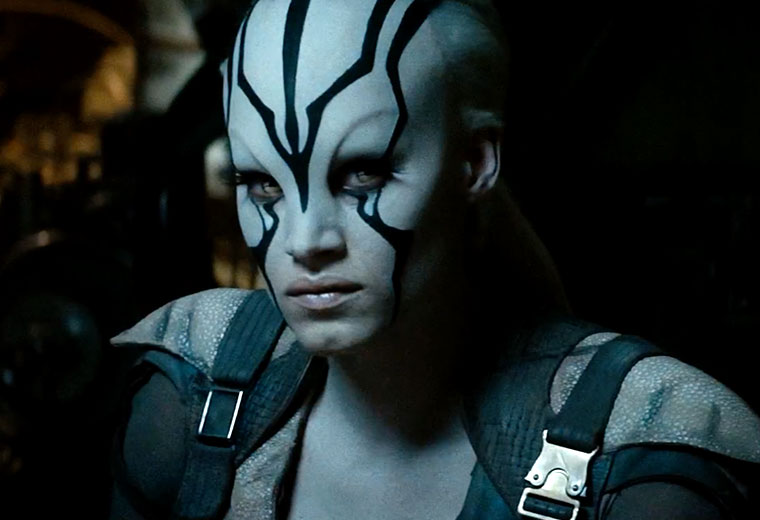 Star trek beyond tv spots packed with new footage - Jaylah sofia boutella ...