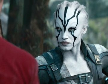 "WATCH: New STAR TREK BEYOND Clip ""Scotty Meets Jaylah"""