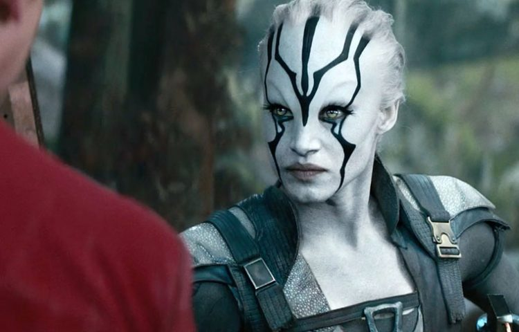 star-trek-beyond-clip-scotty-meets-jayla
