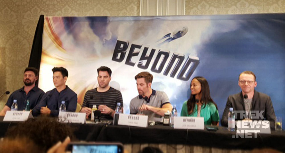 Karl Urban, John Cho, Zachary Quinto, Chris Pine, Zoe Saldana and Simon Pegg