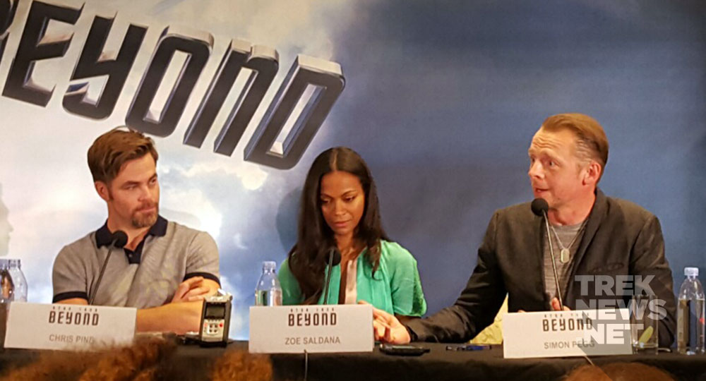 Chris Pine, Zoe Saldana and Simon Pegg