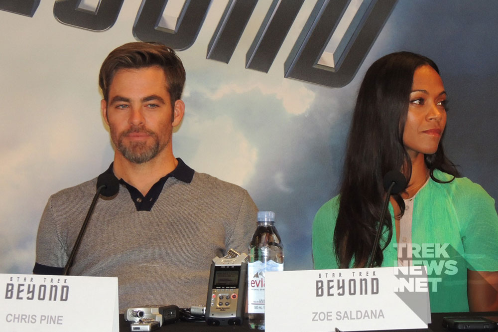 Chris Pine and Zoe Saldana