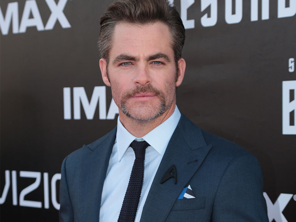 Chris Pine was among the cast members wearing a black delta shield in honor of Anton Yelchin
