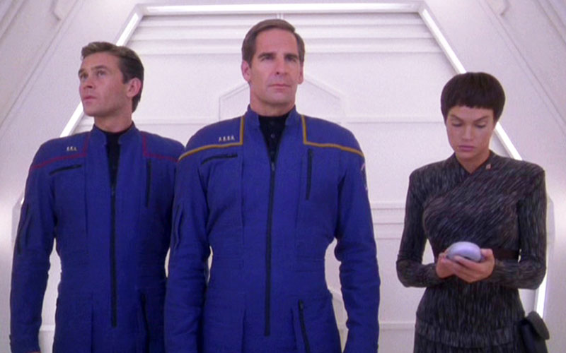 "Star Trek: Enterprise ""Dead Stop"" (photo: CBS Home Entertainment)"