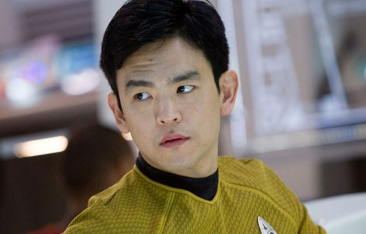 Star Trek's First LGBT Character Revealed In STAR TREK BEYOND [Spoiler Warning]