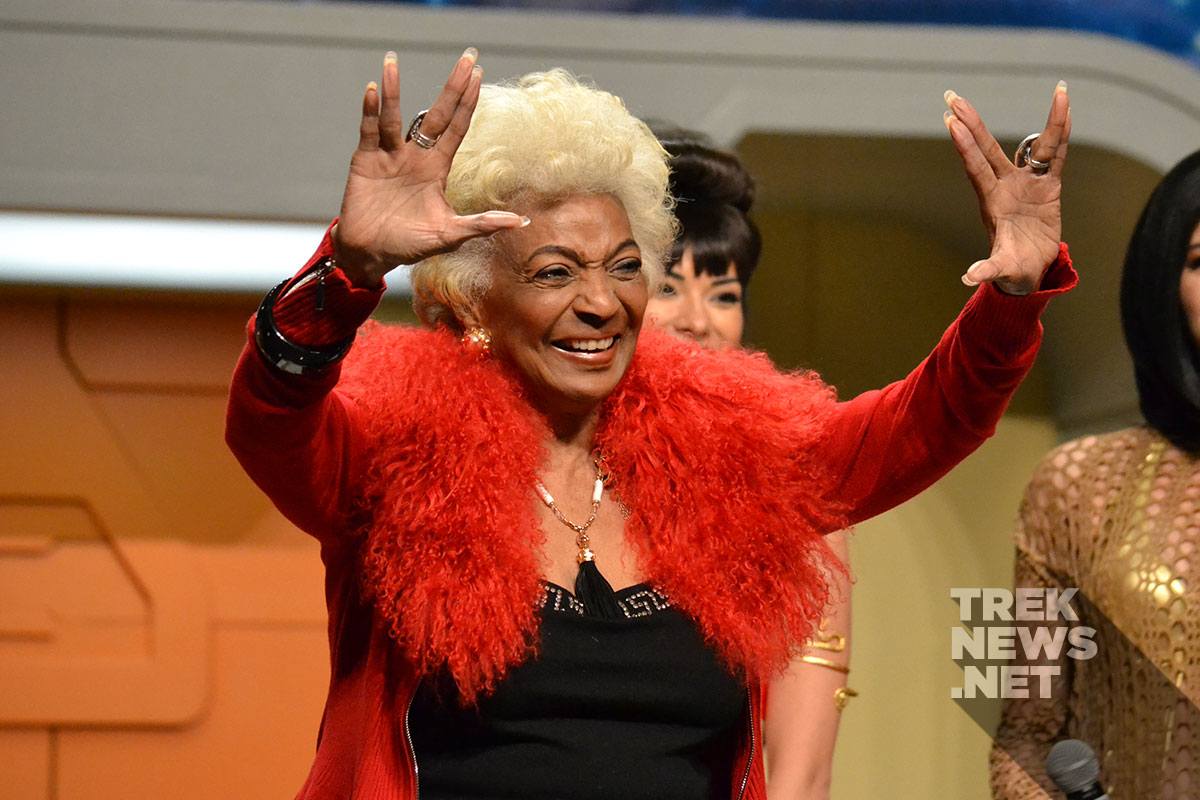Nichelle Nichols at the 2016 Las Vegas Star Trek Convention