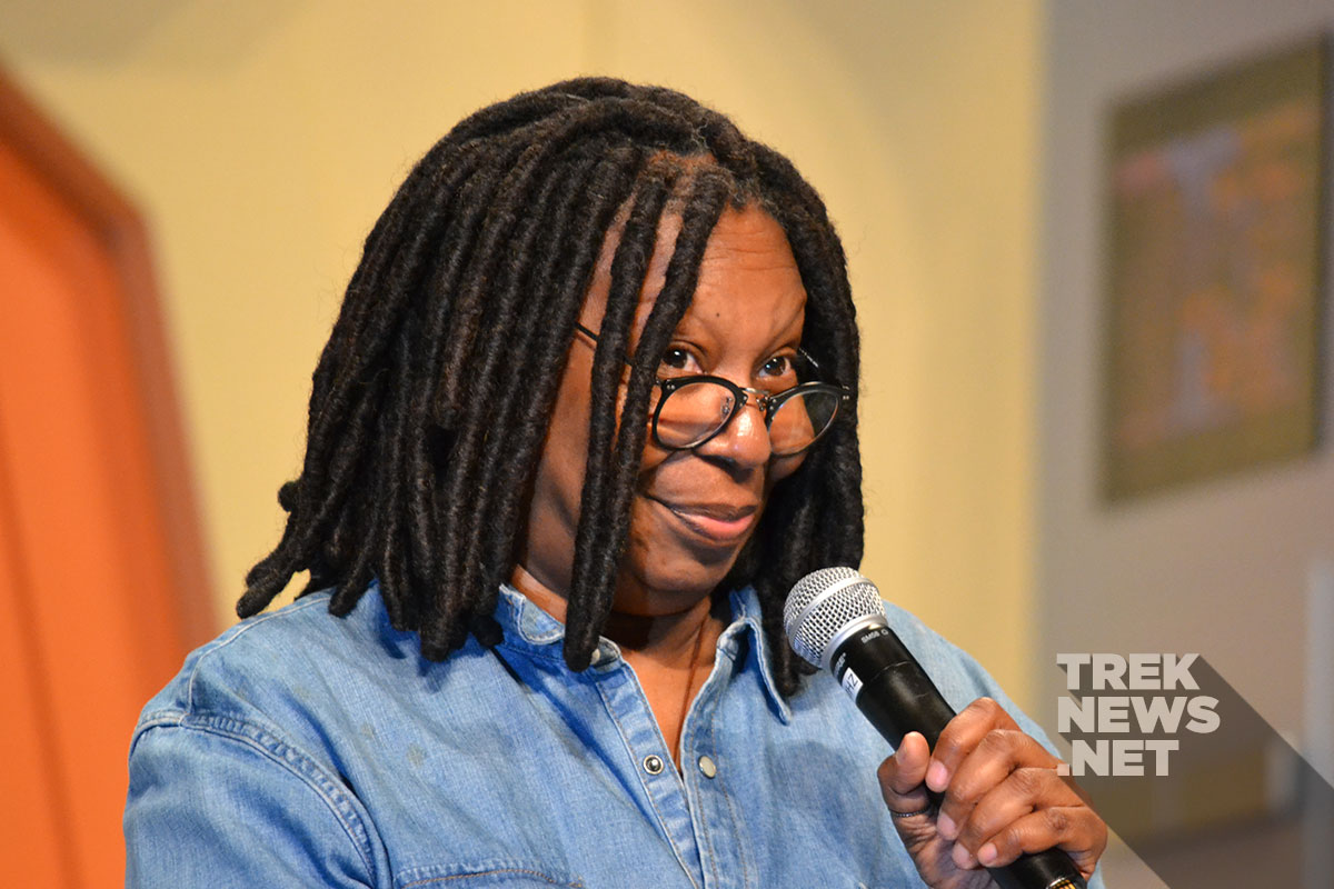 Whoopi Goldberg at the Las Vegas Star Trek Convention