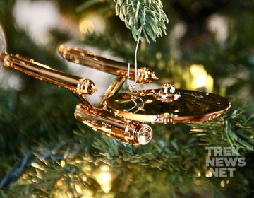 [REVIEW] Hallmark's Enterprise Christmas Ornament Celebrates 50 Years of Star Trek