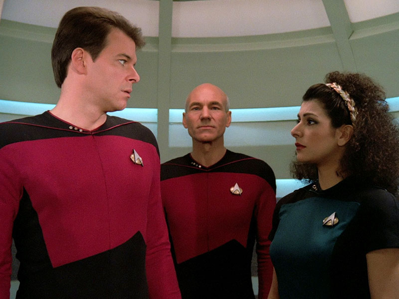 "Jonathan Frakes, Patrick Stewart and Marina Sirtis in ""Encounter at Farpoint"""