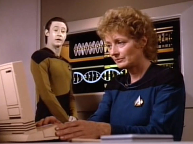 Brent Spiner as Lt. Cmdr. Data and Diana Muldaur as Cmdr. Katherine Pulaski on Star Trek: The Next Generation