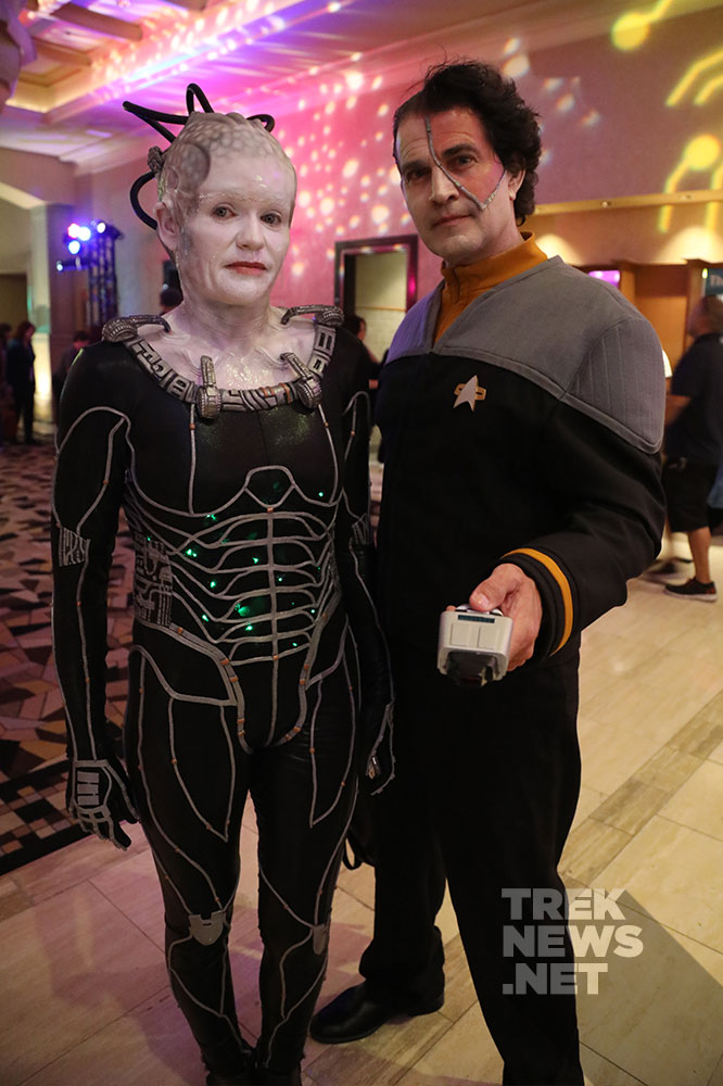 Borg Queen and Data
