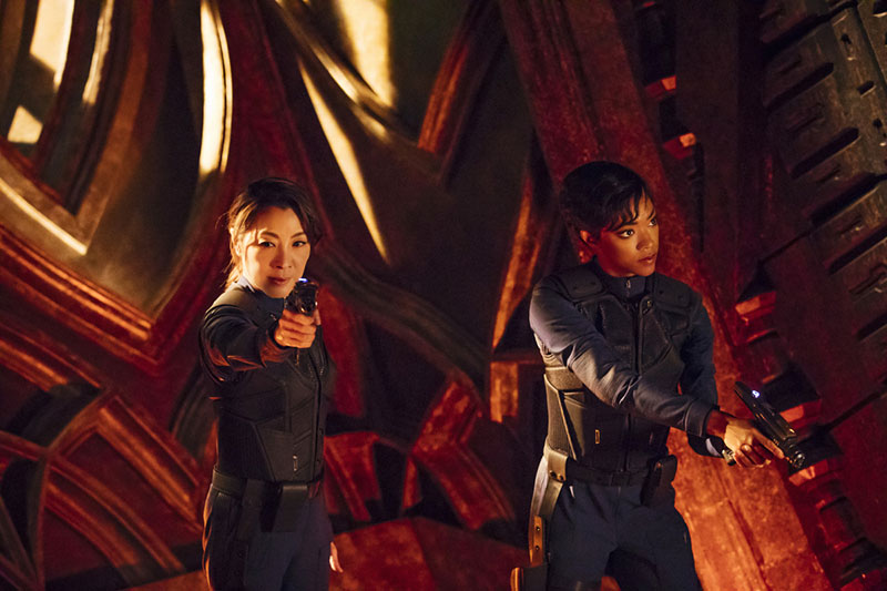 Michelle Yeoh as Captain Georgiou and Sonequa Martin-Green as Commander Burnham