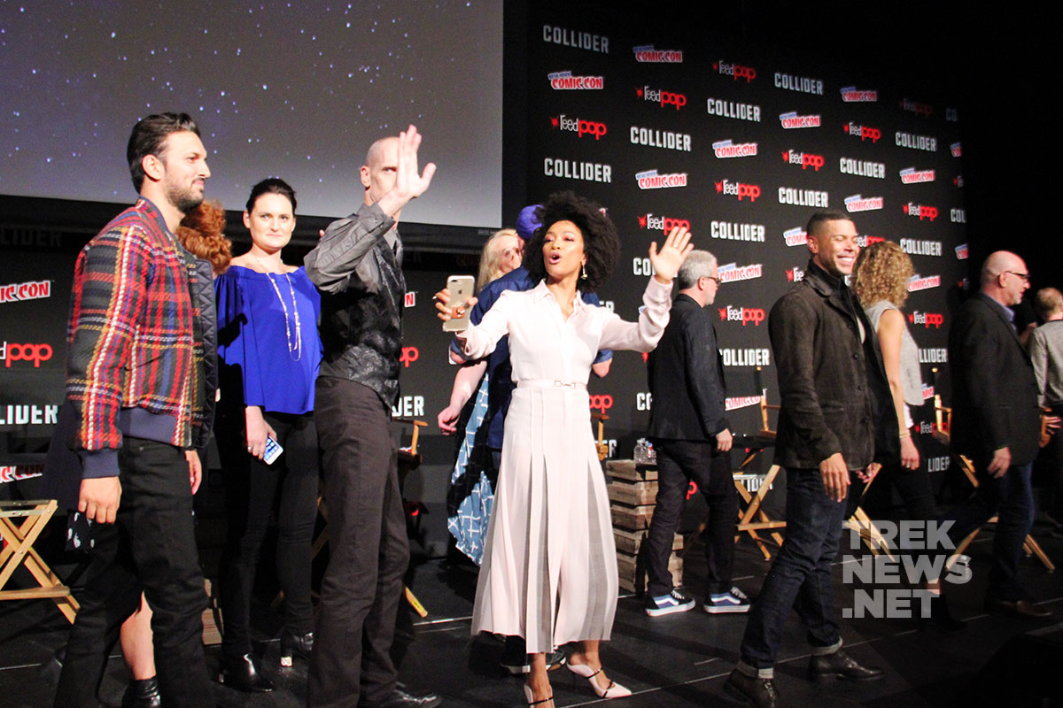 The cast and crew bid farewell to the NYC audience