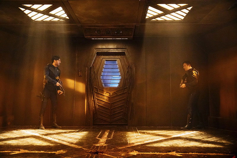 Shazad Latif as Lieutenant Ash Tyler and Jason Isaacs as Captain Gabriel Lorca