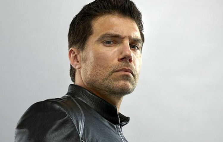 Anson Mount Cast As STAR TREK: DISCOVERY's Captain Pike