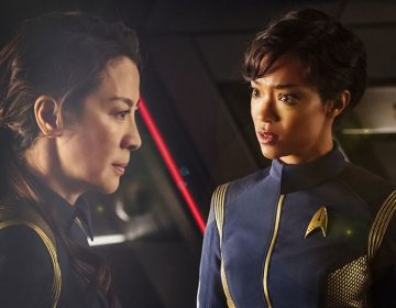 STAR TREK: DISCOVERY Showrunners Berg & Harberts Out, Kurtzman To Take Over