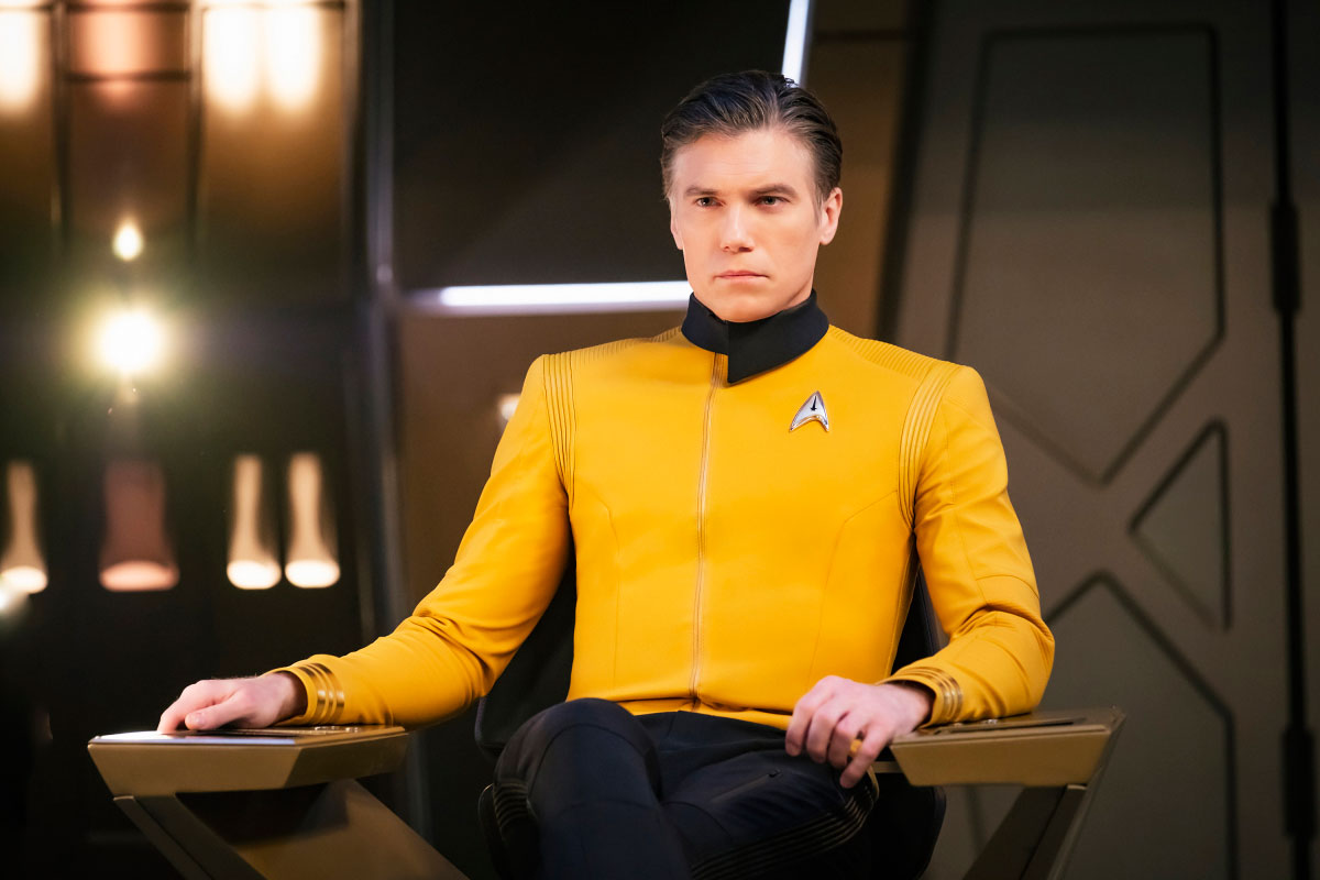 Anson Mount as Captain Pike