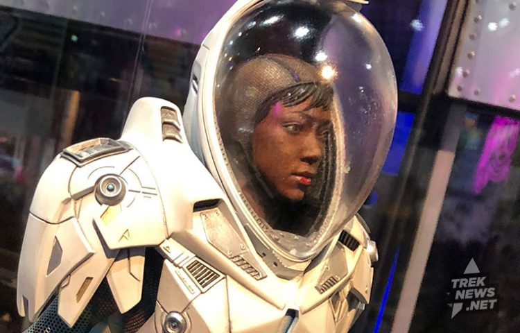 Gentle Giant's STAR TREK: DISCOVERY Statues Debut at SDCC