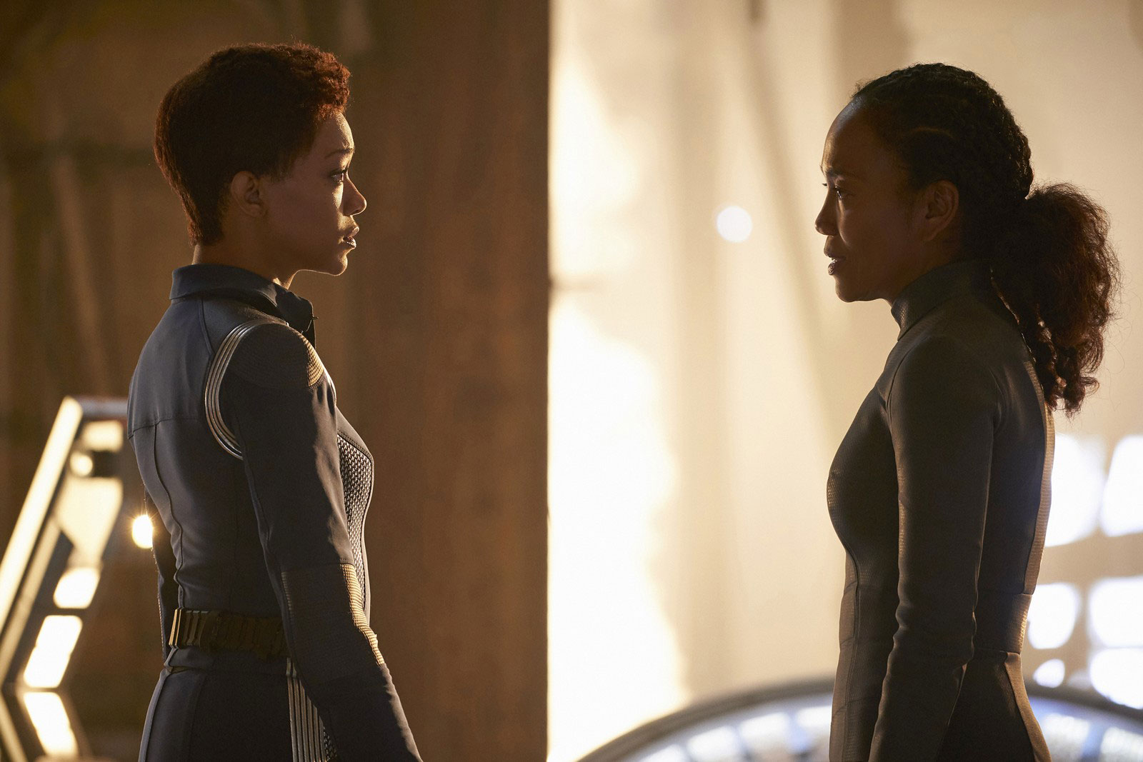 Sonequa Martin-Green as Michael Burnham and Sonja Sohn as Burnham's mother