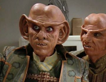 [EXCLUSIVE] Armin Shimerman Talks DS9 in HD, Camaraderie Behind-the-Scenes
