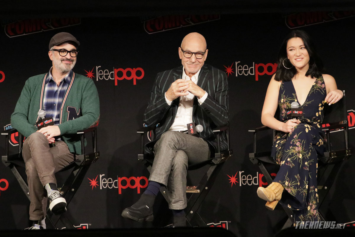 Star Trek: Discovery executive producer Alex Kurtzman, and series stars Patrick Stewart and Isa Briones