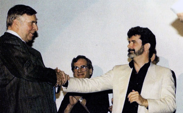 The only known photo of Gene Roddenberry meeting George Lucas at the Creation Entertainment/Starlog 10th Anniversary Star Wars Convention. (Photo: Dan Madsen)
