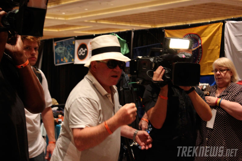 "Shatner filming ""Get A Life!"" at the 2011 Las Vegas Star Trek Convention"