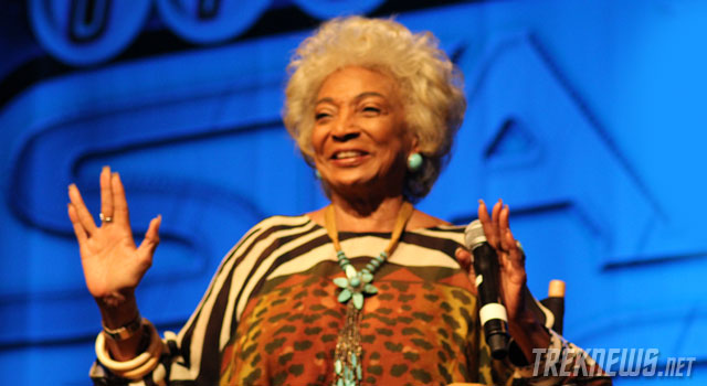 STLV 2012: Vegas Star Trek Convention Kicks Off with Nichelle Nichols, John de Lancie, Rene Auberjonis and John Billingsly