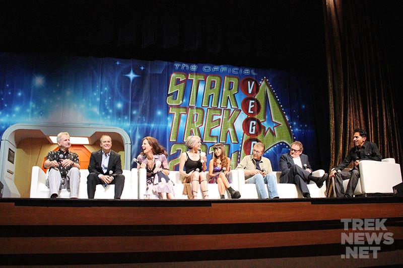 Deep Space Nine Reunion: (L to R) Rene Auberjonois, Jeffrey Combs, Terry Farrell, Nana Visitor, Hana Hatae, James Darren, Colm Meaney, and Adam Malin