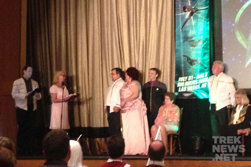 Star Trek Fans Wed at Las Vegas Star Trek Convention
