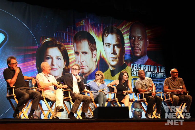 The TNG cast reunited in Las Vegas in 2012