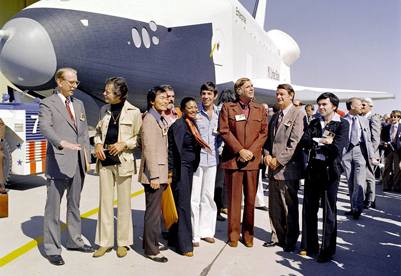 Nichols, Star Trek creator Gene Roddenberry, and most of the original series cast at the space shuttle Enterprise rollout in 1976 (Credit: NASA)