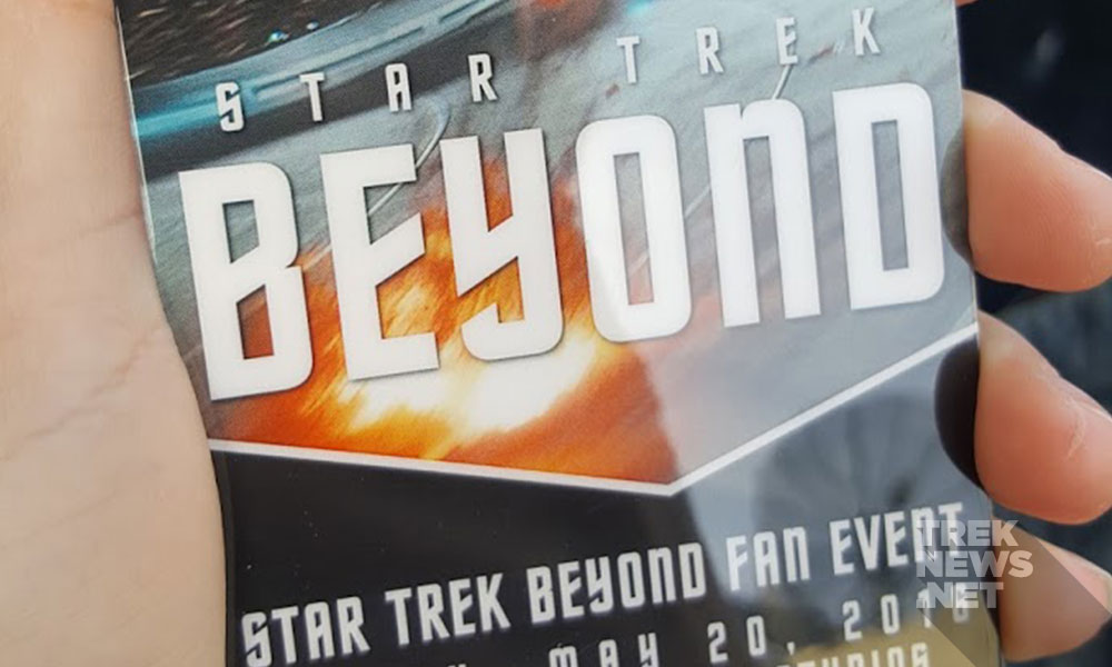 The lanyard handed out to fans and members of the media (photo: Anna Yeutter/TrekNews.net)