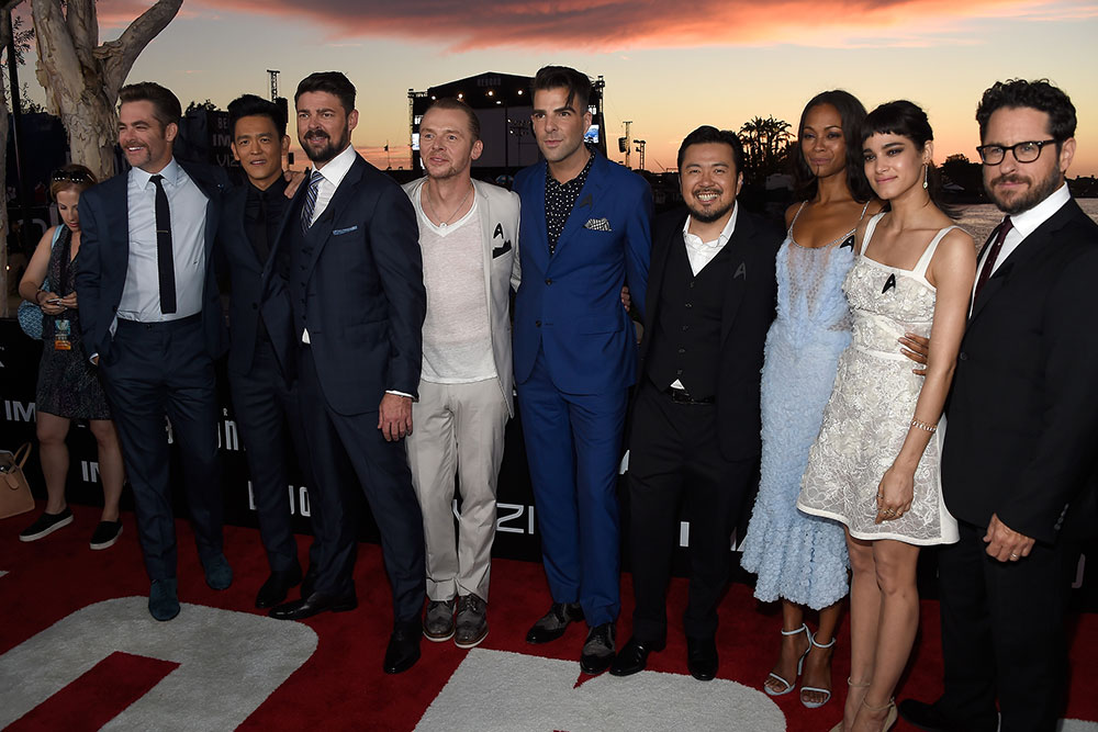 The cast and crew of STAR TREK BEYOND on the red carpet