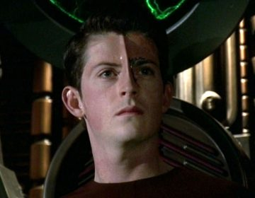 EXCLUSIVE: Manu Intiraymi Talks 'Voyager', Conventions, The Circuit.